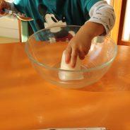 Atelier cuisine à la crèche Bout De Chou